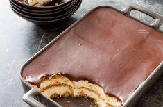 Chocolate Eclair Cake Chocolate Eclair Dessert, Chocolate Desserts, Chocolate Eclairs, Chocolate Cake, Delicious Cake Recipes, Sweet Recipes, Dessert Recipes, Dessert Ideas, Yummy Things To Bake