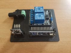 A simple panel for a relay actuator in a MySensors network. https://www.mysensors.org/build/relay