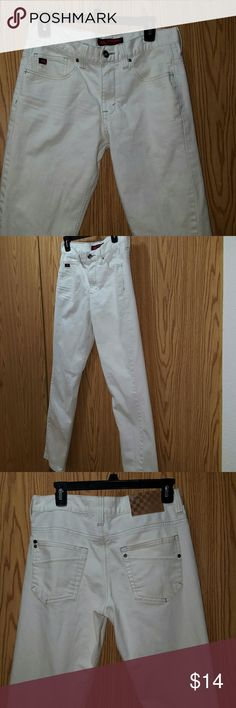 NWOT Tony Hawk Jeans Excellent condition Cream in Color Size 32 34 Tony Hawk Jeans Relaxed