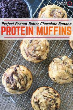 Macro-Friendly Peanut Butter Chocolate Banana Protein Muffins - Perfect Peanut Butter C Protein Powder Muffins, Banana Protein Muffins, Protein Powder Recipes, Chocolate Protein Muffins, Protein Cookies, Protein Bars, Banana Recipes Protein, Protein Powder Baking, Protein Desserts