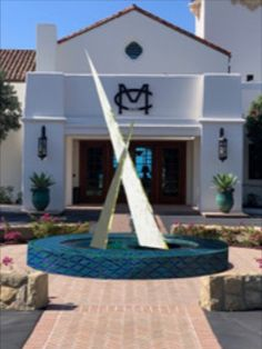 Final design concept for the Montecito Country Club – Aspire sculpture! The mirror polished stainless steel reflects its surroundings back to the viewer creating a playful and magical experience! Order your custom sculpture today: www.allisonarmour.com Cn Tower, Fountain, Around The Worlds, Stainless Steel, Concept, Sculpture, Club, Mirror, Country