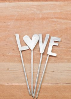 l-o-v-e cake topper... so cute on cupcakes or the top of the cake!