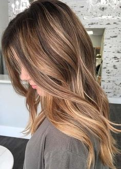 Beautiful Balayage hair color is a wonderful technique to enhance your hair look. See the best balayage hair highlights to get most amazing and coolest hair color look. No doubt balayage is one of the best hair colors for women to wear. Balayage Highlights, Hair Color Balayage, Ombre Hair, Haircolor, Thick Highlights, Dark Balayage, Short Balayage, Bronde Balayage, Balayage Brunette