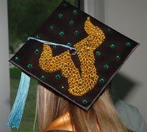 Polka dot #USF graduation cap.