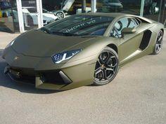 Every Zombie Gear-head Must Have!  matte green Lamborghini Aventador