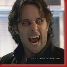 Fare un salto dal dentista no???  ...................................To jump to the dentist no ???