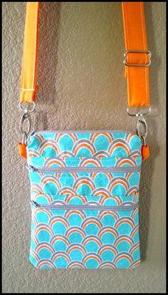 Maddie Make-up Bag Pattern Fabric Purses, Fabric Bags, Fabric Basket, Bag Patterns To Sew, Sewing Patterns, Tote Pattern, Cross Body Bag Pattern Free, Wallet Pattern, Makeup Bag Pattern