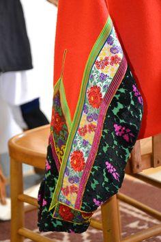 Dettagli del Costume Tradizionale: il corpetto (ph.A.Porcu)