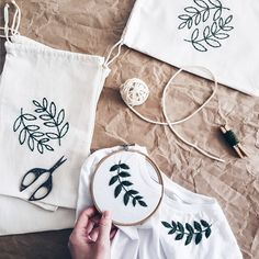 Embroidery - Hand Embroidery - Embroidery t shirt - Embroidery tshirt - Womens clothes - White t shirt - Botanical Embroidery - cupofneedles Basic Embroidery Stitches, Embroidery On Clothes, Embroidery Bags, Flower Embroidery Designs, Simple Embroidery, Shirt Embroidery, Embroidered Clothes, Hand Embroidery Designs, Embroidery Patterns