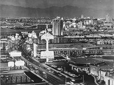 The Las Vegas Strip circa 1960 from Now and Then : Condé Nast Traveler