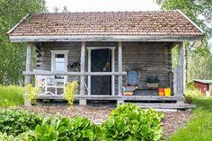 Savusauna ja kesäkeittiö Sotkamossa   Meillä kotona Shed, Outdoor Structures, Lean To Shed, Backyard Sheds, Coops, Barn, Tool Storage, Sheds