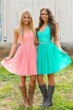 Halter dress with floral dress on top. : Our American Girl Dream Dress is the perfect for the approaching prom season. This dress features a halter top that ties around the neck, with a V-neck line.The top is an embroided floral design with a beaded belt. Sell Bridesmaid Dress, Turquoise Bridesmaid Dresses, Short Lace Bridesmaid Dresses, Hoco Dresses, Country Wedding Dresses, Homecoming Dresses, Cute Dresses, Bridal Dresses, Country Western Dresses
