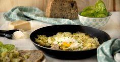Rosti de alho-francês e cogumelos com ovo estrelado | SAPO Lifestyle