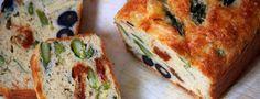 Découvrez notre recette végétarienne de cake aux asperges, olives et tomates séchées, très facile à réaliser, même à l'avance.