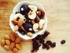 Nourish By Melissa: Made In Nature Review + DIY Trail Mix