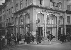 Rua Augusto Rosa e Rua da Saudade (à direita) nos anos 40.
