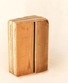 * pausa para luciérnagas · Juanan Requena · 2021 · #unique #book Unique, Table, Books, Furniture, Home Decor, Libros, Decoration Home, Room Decor, Book