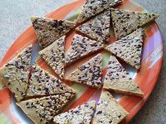 Bezlepkové trojuholníčky - Cvičenie a zdravý životný štýl - Cvičte.sk Smoothie, Food And Drink, Gluten Free, Bread, Cooking, Blog, Glutenfree, Kitchen, Brot