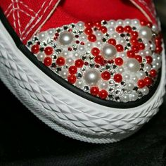 Custom Sneakers Wedding Sneakers Bling Shoes by TyyonCreations Bedazzled Converse, Diy Converse, Tenis Converse, Converse Wedding Shoes, Wedding Sneakers, Custom Converse, Prom Shoes, Custom Sneakers, Converse Shoes