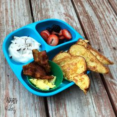 Toddler breakfast: - yogurt w/ fresh coconut sprinkles - berry medley - scrambled egg & bacon - French toast (made using some of the coconut juice)  #toddlerfood #toddlermeals #toddler #breakfast #frenchtoast #coconut #healthykids #beach #vacation #kidfood #foodisfun #replayrecycled #replaymeals @replayrecycled #sundayfunday #feedfeed @thefeedfeed #instagood #instafood #buzzfeast #f52grams