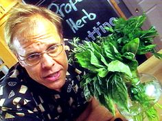 Video: Drying Herbs (Brilliant!!!)-way to go Alton Brown! 24 hrs and your herbs are dry!