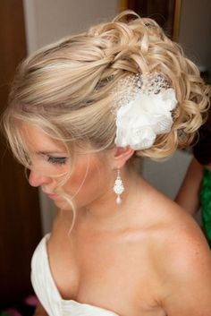 Coiffure de mariage pour cheveux longs