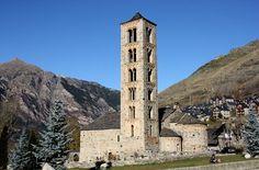Sant Climent de Taüll, la única iglesia que abre al público durante todo el año.