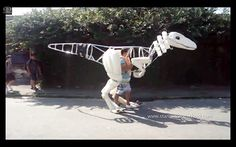 Man Builds Incredibly Realistic Velociraptor Suit