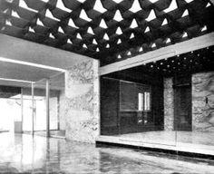 Vista interior de la entrada, Edificio de oficinas, av. Insurgentes Sur 630, Del Valle, Benito Juárez, México DF 1968 Arq. Imanol Ordorika - View inside the entrance, Office Building, av. Insurgentes Sur 630, Del Valle, Mexico City 1968