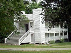Huntsville, TX : Steamboat House (1858) - Sam Houston died here in 1862