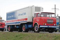 Škoda 706 RTTN Semi Trucks, Big Trucks, Classic Trucks, Classic Cars, Old Lorries, Freightliner Trucks, Abandoned Train, Bus Coach, Tow Truck