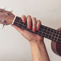 Sunday Morning Singsong with Essie Nail Polish in Boathouse
