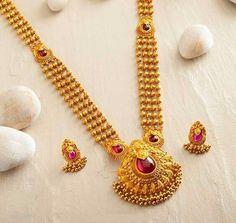 Gold Jewelry In Pakistan Jewelry Design Earrings, Gold Jewellery Design, Beaded Jewelry, Stone Jewelry, Pendant Jewelry, Jewelry Accessories, Gold Mangalsutra Designs, Gold Jewelry Simple, Jewelry Patterns