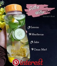 Strategies For detox water Healthy Juice Drinks, Healthy Water, Healthy Detox, Healthy Juices, Healthy Tips, Detox Juices, Easy Detox, Detox Water Benefits, Infused Water Recipes