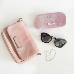 Never thought that #pink would be the colour of choice for my favourite Fall accessories! Here is what gets me excited lately  @luxuryconsignmentcanada @MerivaleOptometric @Katyelandrydesigns