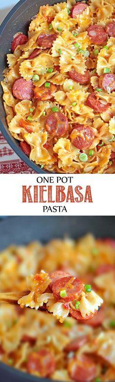 One Pot Kielbasa Pasta - It's a cheesy pasta dish with Kielbasa sausage and garnished with chopped scallions. One Pot Kielbasa Pasta - It's a cheesy pasta dish with Kielbasa sausage and garnished with chopped scallions. One Pot Meals, Easy Meals, Weeknight Meals, Kielbasa Sausage, Apple Sausage, Chicken Sausage, Turkey Chicken, Sausage Casserole, Eckrich Sausage