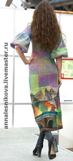 Купить или заказать платье 'Замок' в интернет-магазине на Ярмарке Мастеров. платье связано вручную, показано на Неделе Высокой Моды в Москве в коллекции ' В ТРИДЕВЯТОМ ЦАРСТВЕ', в октябре 2010г,состав итальянский мохер + пряжа NORO пр-ва Япония. автор Анна Лесникова предлагаю сумку к платью www.livemaster.ru/item/1248408-sumki-aksessuary-art-ryukzak-legenda-starogo от Оксаны Калининой ПРОДАНО В КОЛЛЕКЦИЯХ ЯМ: www.livemaster.
