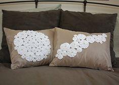 yo-yo pillows