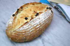 50% Semolina with Raisins and Rosemary (Uit de keuken van Levine), the biga version.