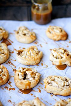 apple pie pinwheels with salted caramel #easydessert #fallbaking heathersfrenchpress.com