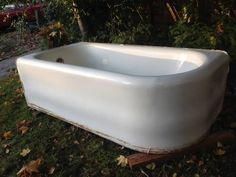 Antique Vintage Left Corner 3 Sided Skirt Bath Tub