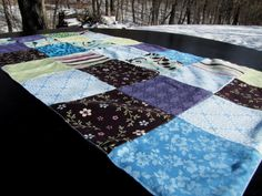 mama says sew: Spring Table Runner