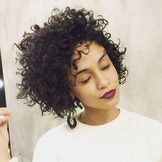 """1,431 Likes, 53 Comments - Jonas Dantiga (@dantigahaircut) on Instagram: """"Logo mais posto uma foto desse hair que ficou lindo na minha humilde opinião ....#cacheadas…"""""""