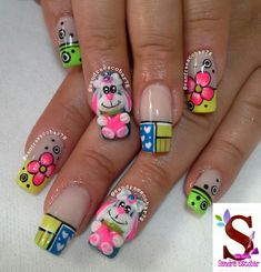 Great Nails, Triangles, Nail Art Designs, Jewel Nails, Nail Arts, Designed Nails, Fingernails Painted, Different Nail Shapes, Classy Nails