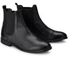Cox hat den Trend erkannt und präsentiert diesen stilvollen Chelsea-Boot in Schwarz. Das feine Leder und die schlanke Form wirken edel und lässig zugleich.