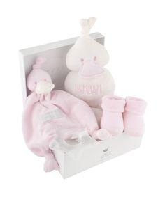 BamBam: giftbox roze, €39,95. Super leuk als kraamcadeau http://www.blauwlifestyle.nl/nl/lifestyle.html?merken=485