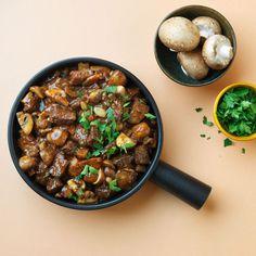 Elke week delen we een lekker recept van onze vrienden vanZTRDG.NL. Deze keer: klassiekeBoeuf Bourguignon met…