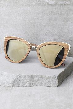 love this pair of mirrored Sunglasses!