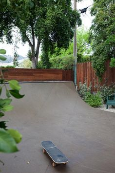 Bestor Architecture remodeled and updated this private residence in Eagle Rock. Backyard Skatepark, Mini Ramp, Hockey Bedroom, House On The Rock, Tiny House, Skate Ramp, Skateboard Deck Art, Surf Shack, Beer Packaging