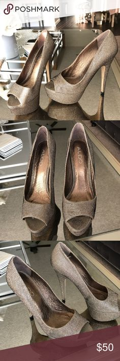 """Aldo shoes - glitter platform heels - size 37 / 7 Aldo champagne/gold glitter platform heels. Beautiful and sexy with a 5.5"""" heel only wore them a few times for events, in excellent condition. I payed well over $100 for these. Aldo Shoes Heels"""